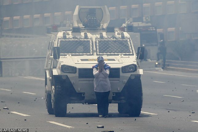 Wenezuela. Na ulicach Caracas od kilku godzin trwają masowe demonstracje przeciwko dyktaturze Nicolasa Maduro