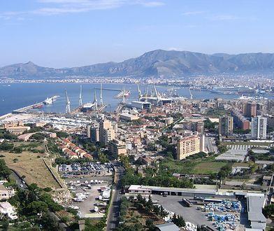 Palermo to miasto, do którego można dotrzeć na wiele sposobów