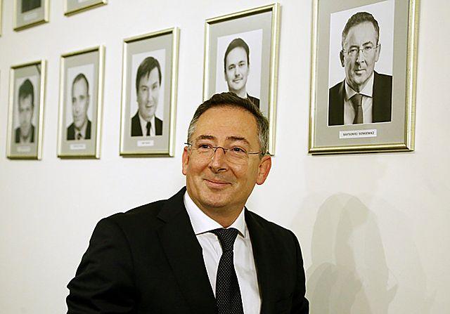 Ile dostał minister Sienkiewicz, a ile Sikorski? - zdjęcia