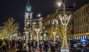 Świąteczna iluminacja w Warszawie 2019 i Trakt Królewski tylko dla spacerowiczów