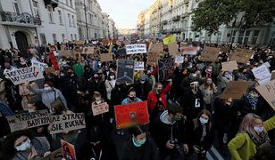 Blokada Warszawy. Protestujący przeszli spod siedziby Ordo Iuris pod Sejm
