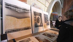 Targowisko Sztuki. Kup obrazy studentów i absolwentów ASP