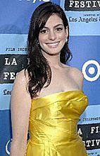 Anne Hathaway lubi krągłości