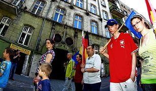 Ulicami Katowic przeszedł marsz w obronie wykluczonych