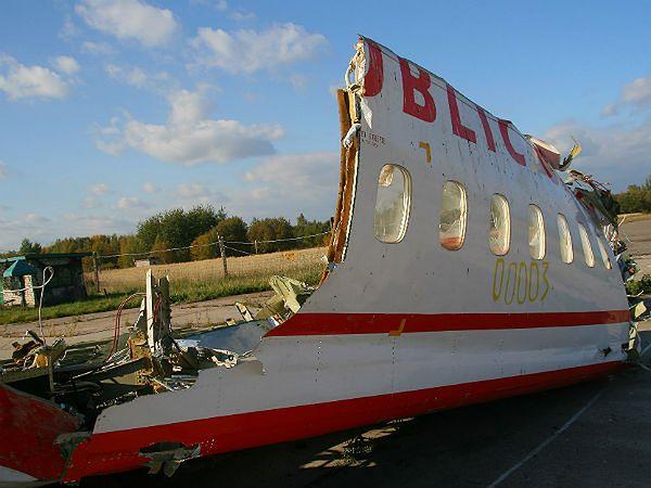 Fragment wraku Tu-154 - zdjęcie archiwalne