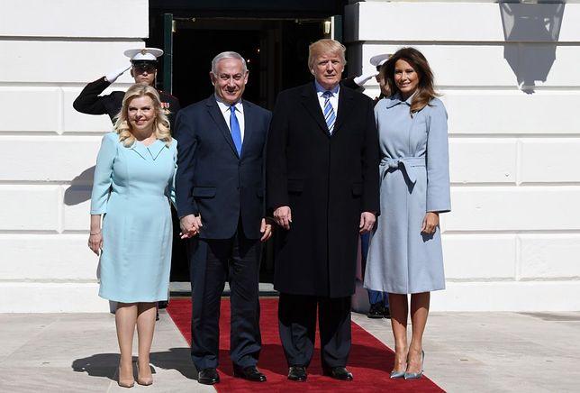 Melania Trump w trakcie powitania premiera Izraela Bibi Netanyahu i jego żony Sary.