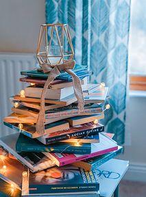 Pomysły na prezenty na święta. Te książki możesz wręczyć każdemu