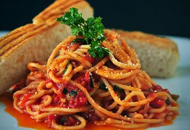 Przepyszne danie dla miłośników pomidorów