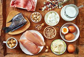 W jakich sytuacjach organizm potrzebuje więcej białka?