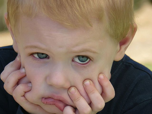 Grypa u dziecka ma zwykle ostry przebieg