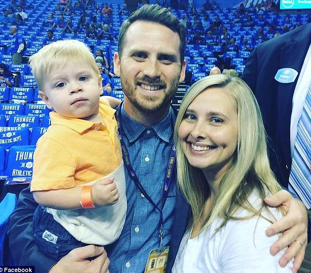 Keri i Royce Young z synem