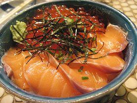 Uwielbiasz potrawy z ryb? Wypróbuj nasz przepis na łososia w przyprawach