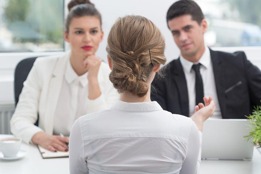 Jak rozpoznać toksyczne środowisko pracy? [istock]