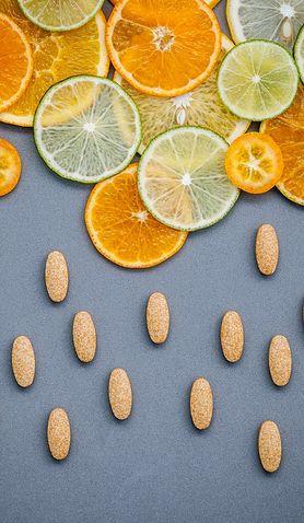 Jak przyjmować suplementy diety i nie popaść w paranoję?