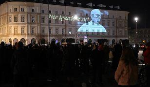 W 13. rocznicę śmierci Jana Pawła II całej Polsce odbywają się czuwania ku jego pamięci