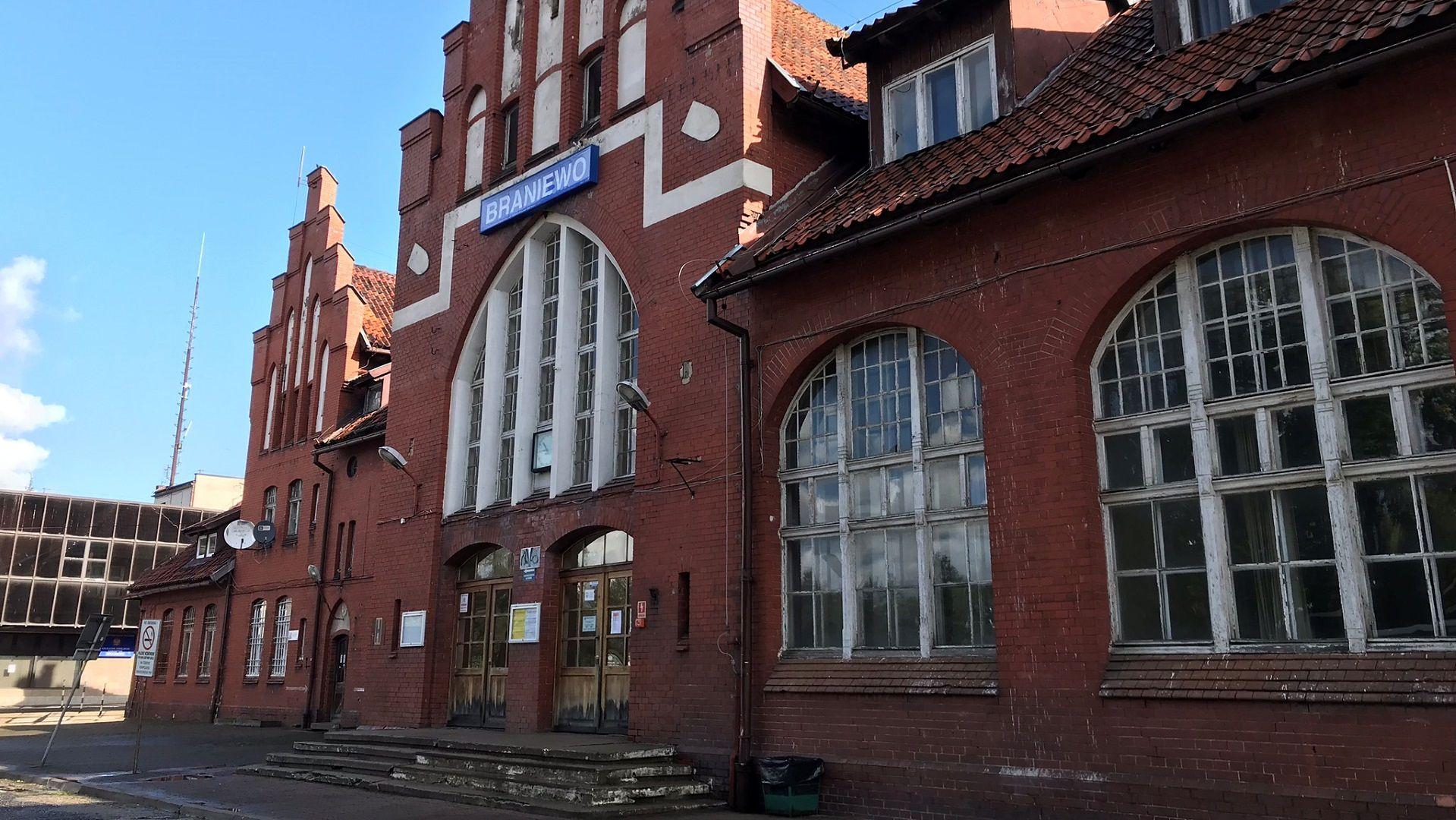 Dworzec kolejowy w Braniewie.