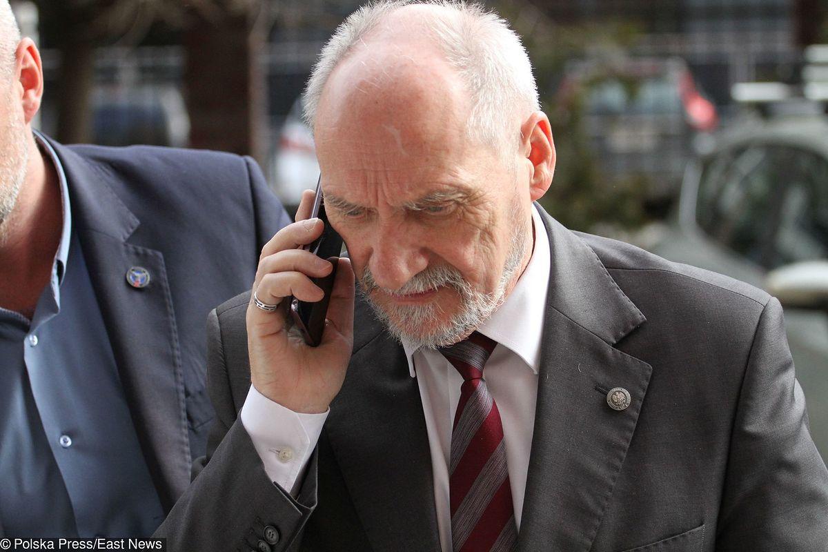 Zakończono przesłuchanie Antoniego Macierewicza. Były szef MON zeznawał w sprawie Bartłomieja M.