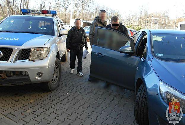 W tym roku wyłudzili w Warszawie 4 mln zł. Zaskakujące metody oszustów