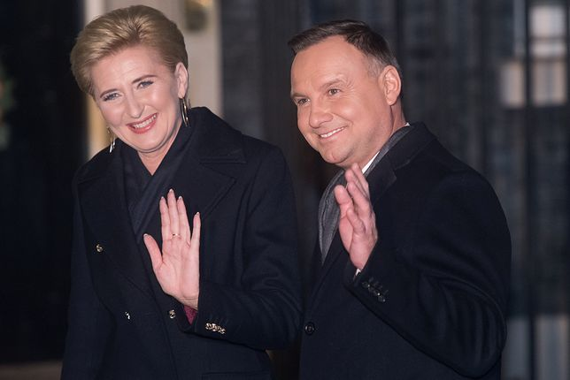 Andrzej Duda pochwalił się choinką. Pokazał piękne zdjęcia Agaty Kornhauser-Dudy