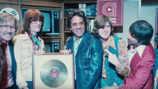 ''Vinyl'': Martin Scorsese i Mick Jagger pokazują seks, narkotyki i rock and roll