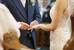 """Jaki kurs w 2021 roku ma waluta """"co łaska""""? Sprawdziłyśmy, ile kosztuje ślub wkościele"""