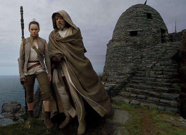 """Obejrzyj pełny zwiastun filmu """"Gwiezdne wojny: Ostatni Jedi"""". Jest Moc! [WIDEO]"""