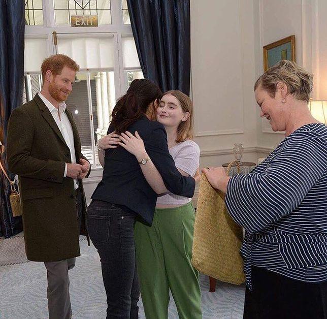 Nastolatka zmarła po spotkaniu pary królewskiej w Nowej Zelandii. Pokonał ją nowotwór