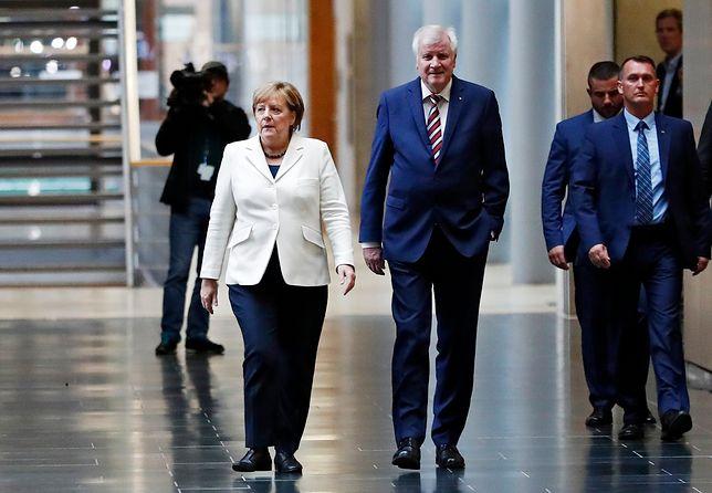 Kanclerz Angela Merkel i premier Bawarii  Horst Seehofer spotkali się w piątek wieczorem z liderami Zielonych i FDP