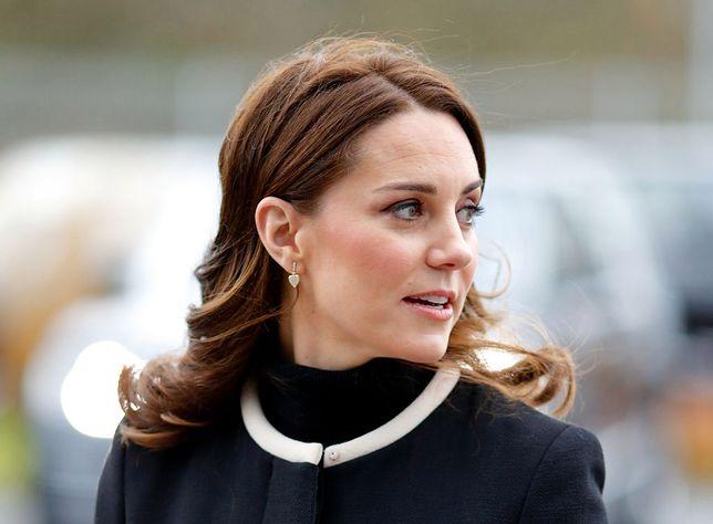 Kate Middleton przygotowuje się do bycia królową. Zdradziło ją zachowanie