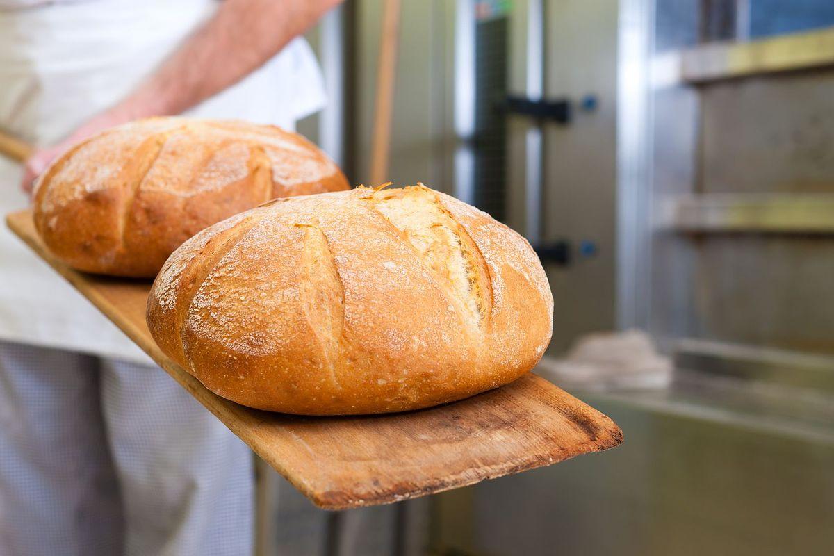 Nie dość, że masło, to jeszcze chleb i mleko. Szykują się kolejne podwyżki w sklepach