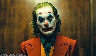 """""""Joker"""" Todda Phillipsa: król komedii"""