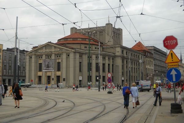 Dlaczego ludzie nie wybierają Katowic? Spada liczba mieszkańców