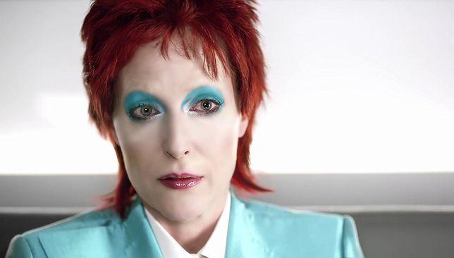 "Gillian Anderson niczym David Bowie w ""Amerykańskich bogach"""