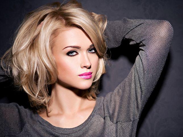 Fryzury z włosów do ramion warto dopasować do swojego kształtu twarzy