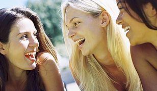 Coraz więcej nastolatków publikuje swoje nagie zdjęcia