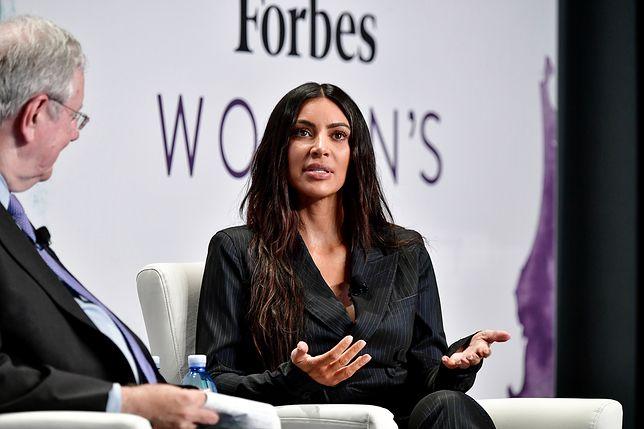"""Kim Kardashian o pierwszym płatnym zajęciu: """"Nie była to najbardziej szykowna praca na świecie"""""""