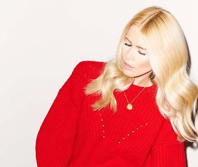 Kaszmirowe swetry od Claudii Schiffer