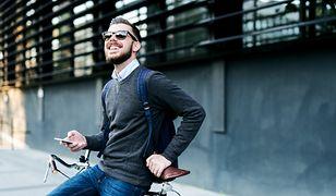Męska koszula pod sweter także musi odpowiednio wyglądać - polecamy najlepsze