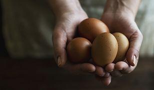 Ile kalorii ma jajko? To ważna sprawa, która pomaga w dopasowaniu diety.