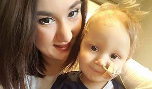 """""""Pytałam kiedy mam kupić trumnę"""". Wstrząsające wyznanie matki 2-latka, któremu rak mózgu odebrał wzrok"""