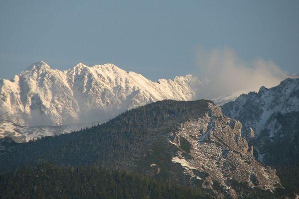 Jeszcze dzisiaj w Tatrach prędkość wiatru może przekroczyć nawet 100 km/h