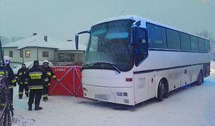 Kierowca autobusu nie zdołał wyhamować przed 11-letnim chłopcem