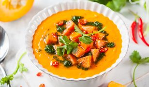 Rozgrzewająca zupa ze słodkich ziemniaków. Doskonała na jesień