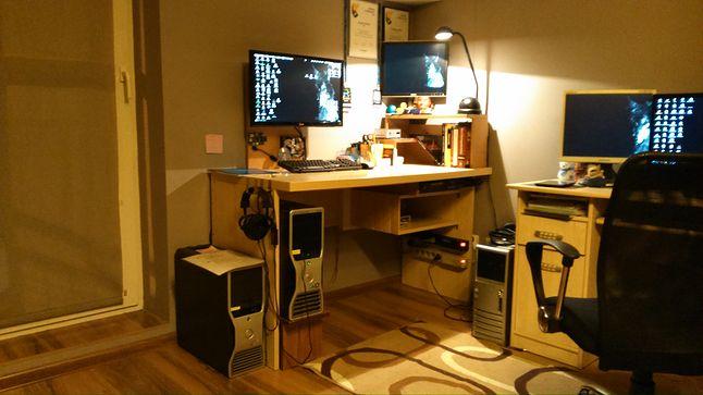 desk, sweet desk...