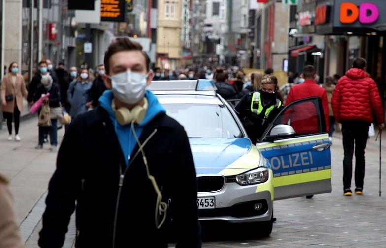 Koronawirus w Niemczech. Lawinowy wzrost zachorowań. Lockdown w Bawarii