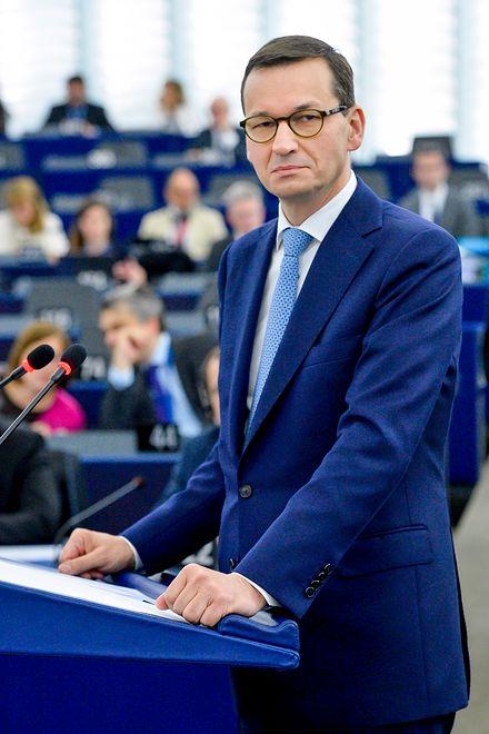 """Mateusz Morawiecki przegrał w Brukseli? Nic z tego. """"Politico"""" chwali premiera"""