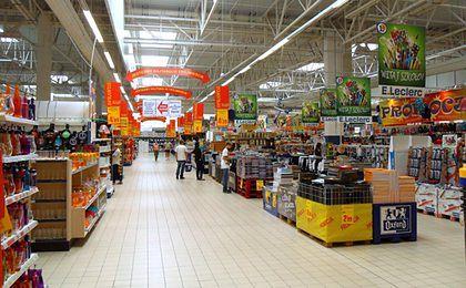 Polacy już nie kochają supermarketów? Zaskakujące dane