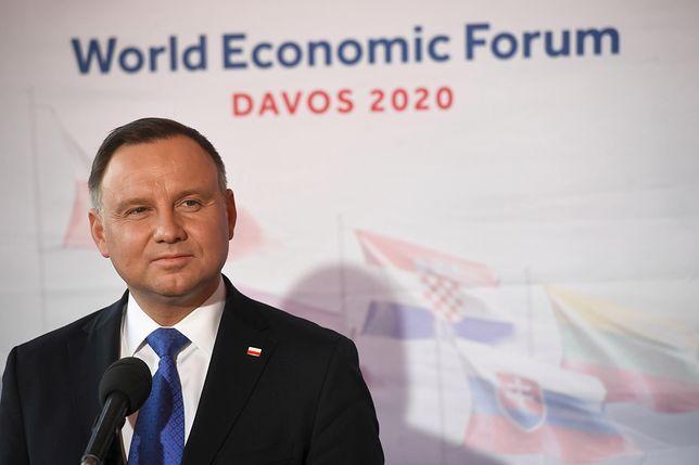 Prezydent Andrzej Duda podczas spotkania z mediami w Davos