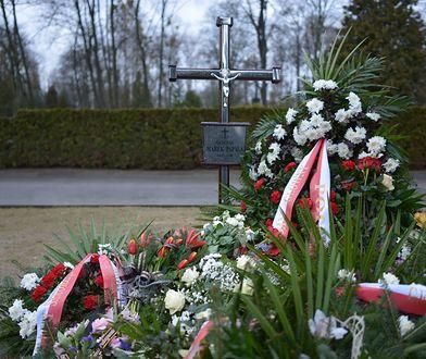 Grób gen. Marka Papały na wojskowych Powązkach w Warszawie