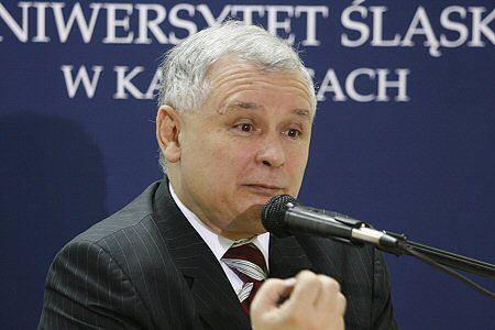 Premier: walka z korupcją niemożliwa bez CBA i Ziobry